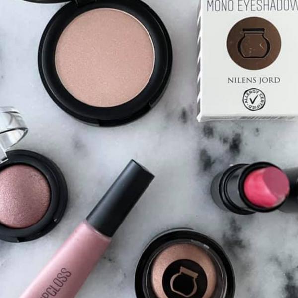 sminke Nilens Jord mascara pudder foundation øyenskygge concealer makeup make up